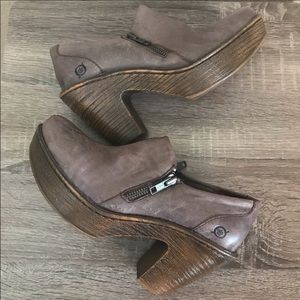 Born famke distressed ankle clog booties